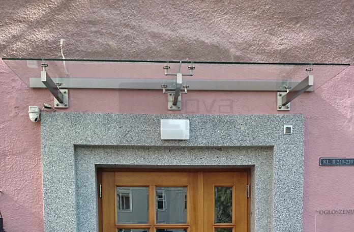 daszek szklany typu SAT w Waraszawie