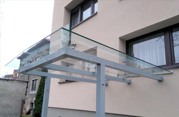 17_24a daszek szklany na podkonstrukcji Mikołów